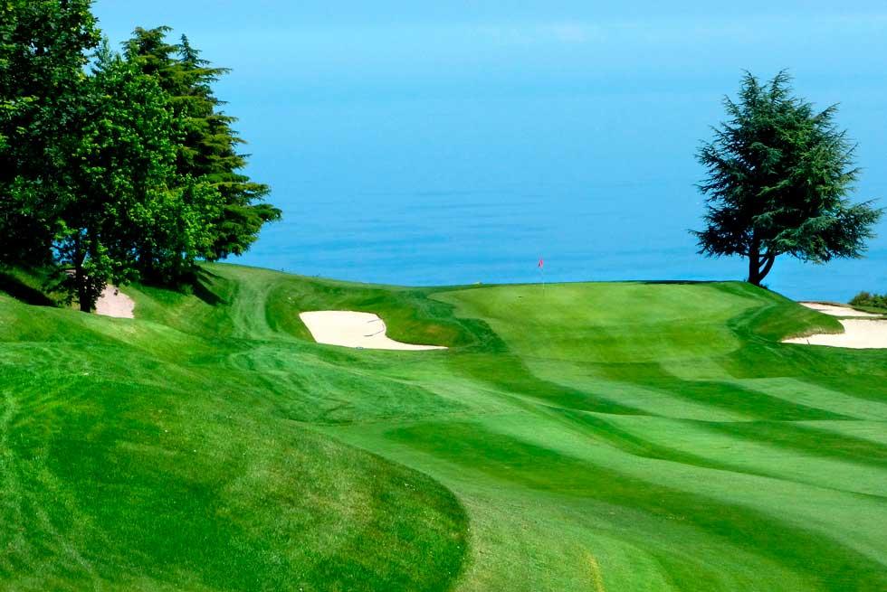 Golf-Monte-carlo-Monaco-club-house-18-trous-parcours-green-practice-sport-loisirs-cote-azur-mer-5